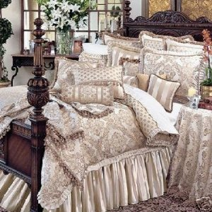 Waterford Bed Linens Bryanne Comforter Set