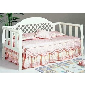 lattice-style-white-wash-wood-daybed-link-spring