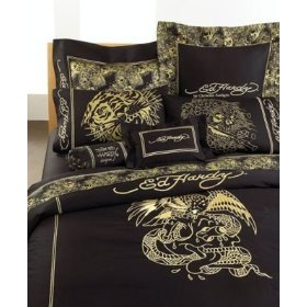 ed-hardy-black-and-gold-european
